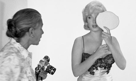 Eve Arnold and Marilyn Monroe